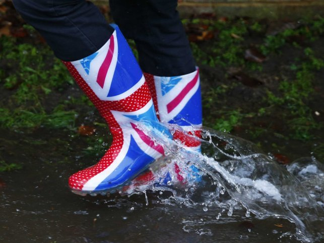 maltaway_balattiboardmember_union-jack-boots